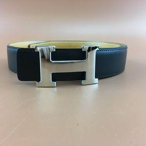 Preowned Hermès 32mm Silver H Reversible Belt